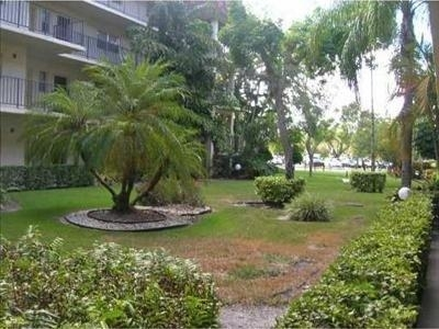 2 Bedrooms, Kingston Heights Rental in Miami, FL for $1,200 - Photo 1