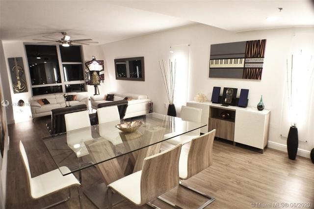 3 Bedrooms, Sawgrass Mills Rental in Miami, FL for $2,750 - Photo 2