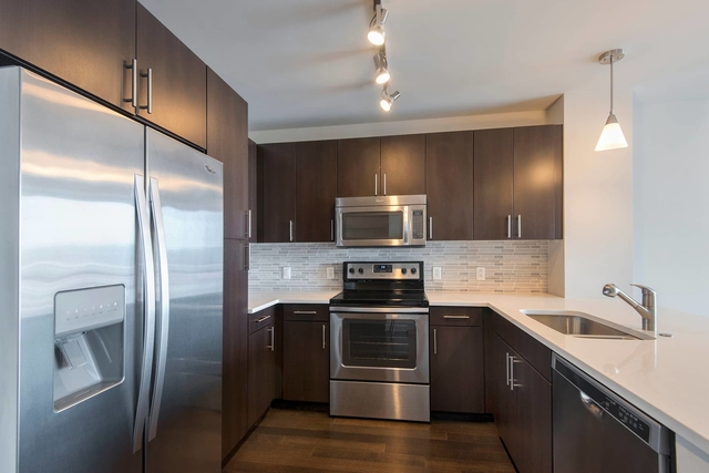 1 Bedroom, Seaport District Rental in Boston, MA for $3,625 - Photo 2