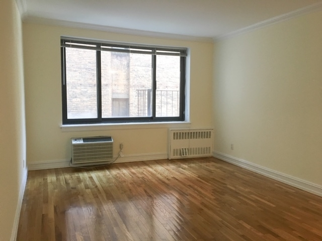 Studio, Yorkville Rental in NYC for $1,500 - Photo 2