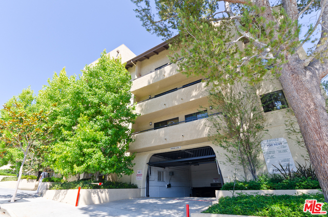 2 Bedrooms, Westwood North Village Rental in Los Angeles, CA for $3,900 - Photo 2