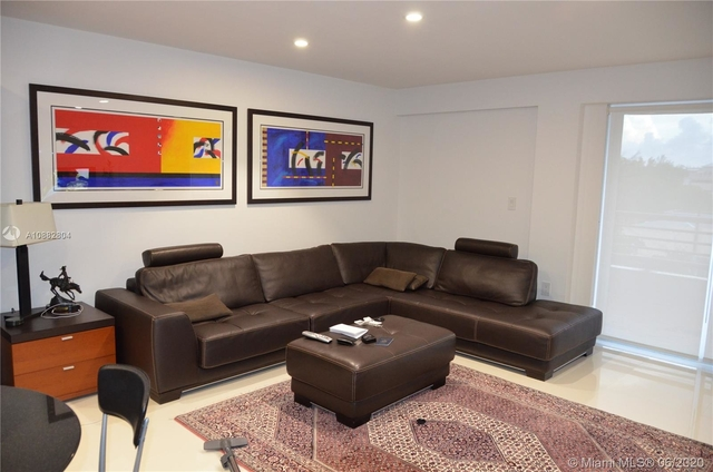 2 Bedrooms, Northeast Coconut Grove Rental in Miami, FL for $3,100 - Photo 2
