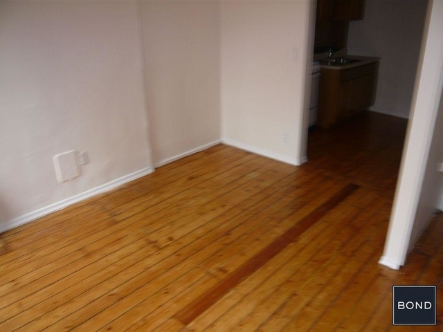 1 Bedroom, Rose Hill Rental in NYC for $2,189 - Photo 2