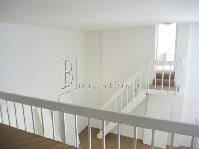 1 Bedroom, Financial District Rental in NYC for $2,900 - Photo 2