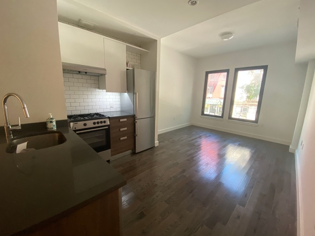 1 Bedroom, Greenpoint Rental in NYC for $2,350 - Photo 2