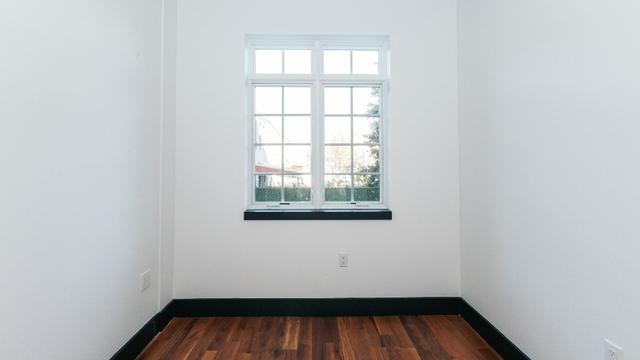 3 Bedrooms, Ridgewood Rental in NYC for $3,415 - Photo 2