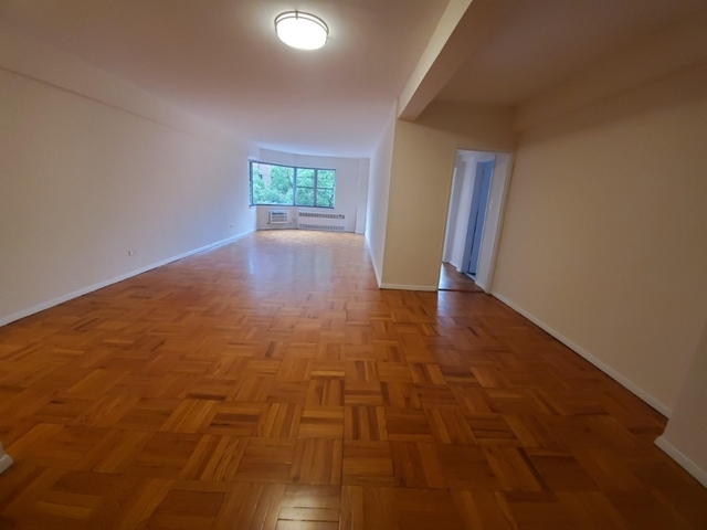 3 Bedrooms, Carnegie Hill Rental in NYC for $7,150 - Photo 1