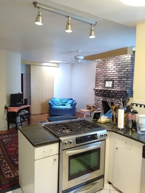 2 Bedrooms, Chelsea Rental in NYC for $4,100 - Photo 2