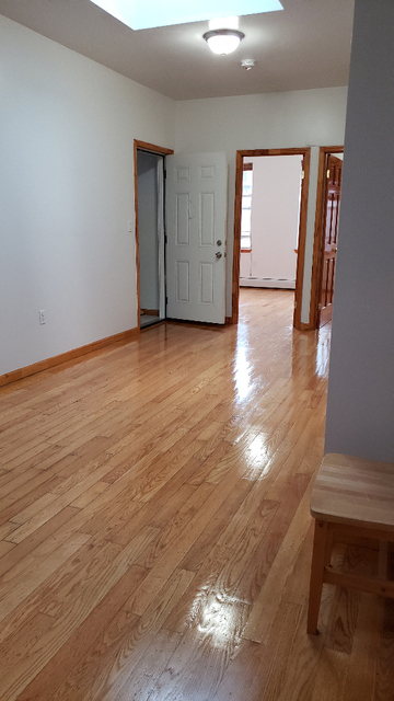 4 Bedrooms, Bath Beach Rental in NYC for $2,400 - Photo 2