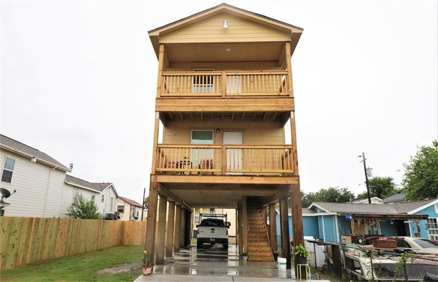 3 Bedrooms, Bayou Shore Rental in Houston for $1,500 - Photo 1
