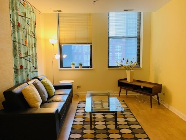 1 Bedroom, Printer's Row Rental in Chicago, IL for $1,400 - Photo 2