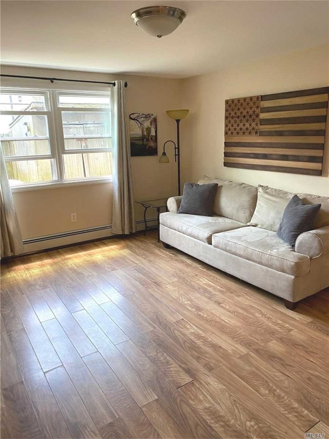 2 Bedrooms, Westholme North Rental in Long Island, NY for $2,300 - Photo 1