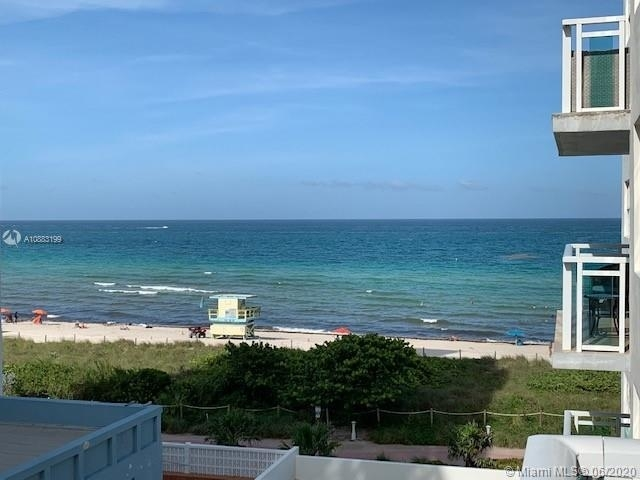 1 Bedroom, Atlantic Heights Rental in Miami, FL for $2,200 - Photo 2