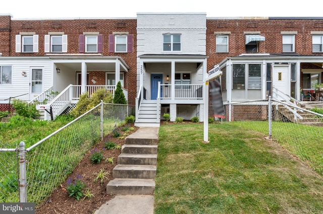 3 Bedrooms, Lynhaven Rental in Washington, DC for $3,200 - Photo 1