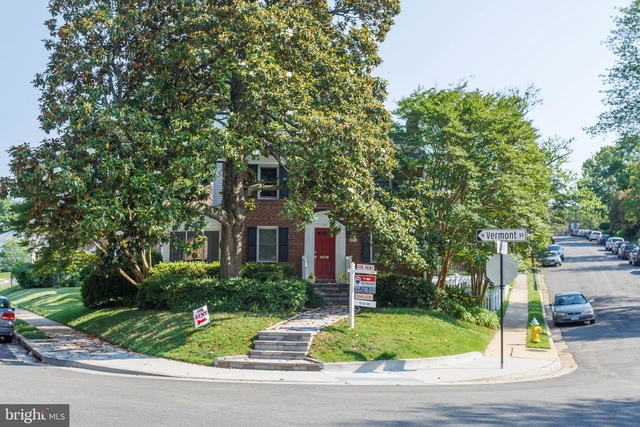 3 Bedrooms, Waverly Hills Rental in Washington, DC for $3,300 - Photo 2