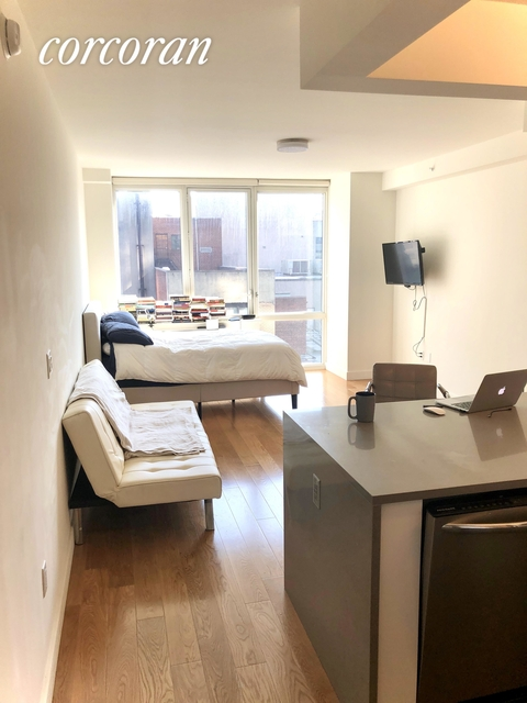 Studio, Downtown Brooklyn Rental in NYC for $1,931 - Photo 1