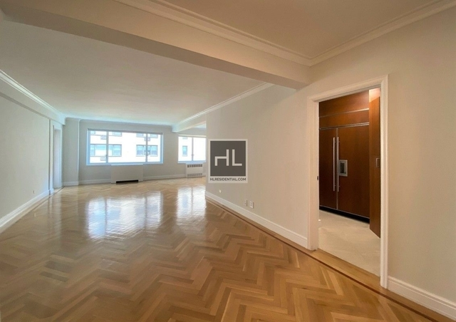 3 Bedrooms, Lenox Hill Rental in NYC for $12,500 - Photo 2