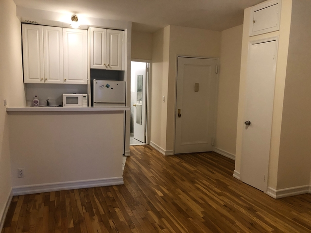 Studio, Hell's Kitchen Rental in NYC for $1,600 - Photo 1