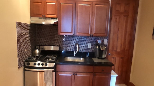 2 Bedrooms, Carroll Gardens Rental in NYC for $2,600 - Photo 1