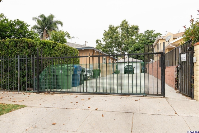 2 Bedrooms, Mid-Town North Hollywood Rental in Los Angeles, CA for $2,000 - Photo 1