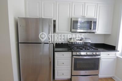 3 Bedrooms, Neighborhood Nine Rental in Boston, MA for $4,745 - Photo 2