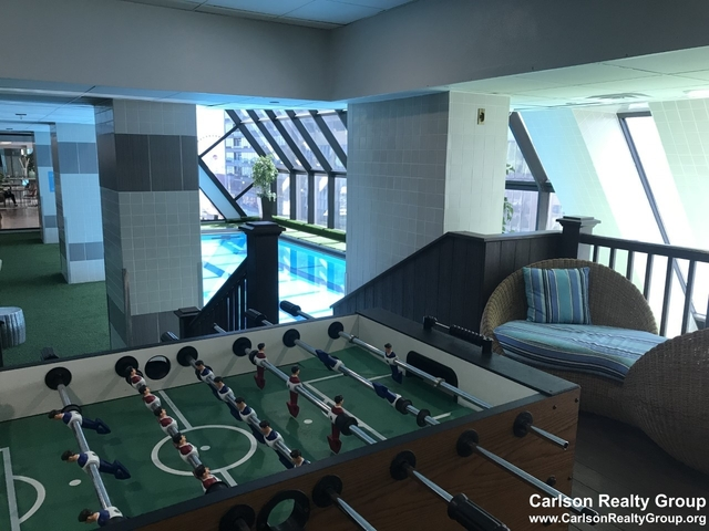 2 Bedrooms, Gold Coast Rental in Chicago, IL for $2,670 - Photo 2