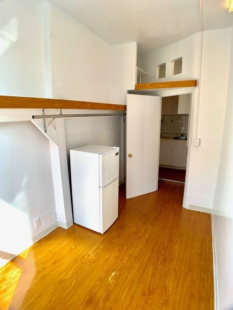 2 Bedrooms, Greenwich Village Rental in NYC for $2,595 - Photo 2