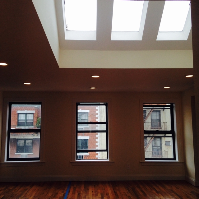3 Bedrooms, Bowery Rental in NYC for $4,595 - Photo 2