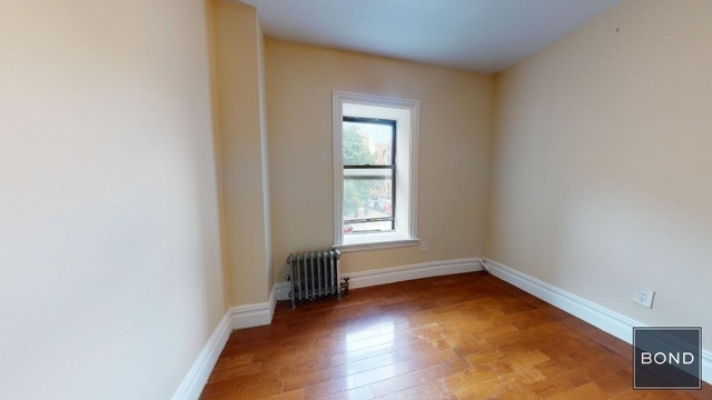 3 Bedrooms, Alphabet City Rental in NYC for $4,000 - Photo 2