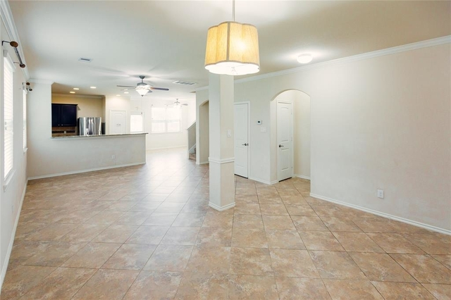 4 Bedrooms, Clearview Village Rental in Houston for $1,950 - Photo 2