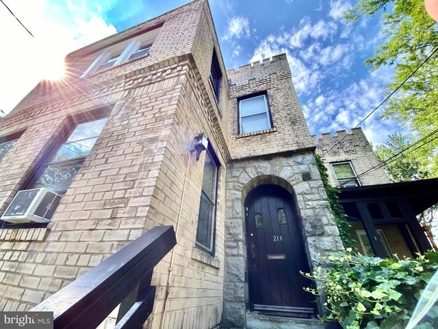 2 Bedrooms, Del Ray Rental in Washington, DC for $1,780 - Photo 1