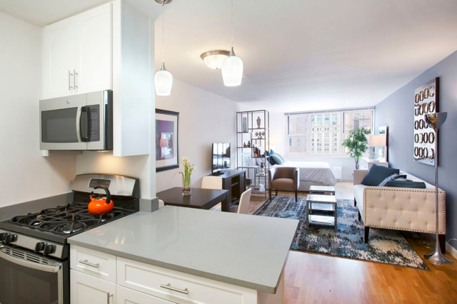 1 Bedroom, Battery Park City Rental in NYC for $2,486 - Photo 2