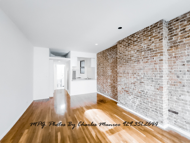 Studio, Yorkville Rental in NYC for $1,718 - Photo 2