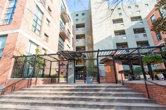 1 Bedroom, Uptown Rental in Dallas for $2,045 - Photo 2