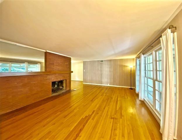 3 Bedrooms, East Kessler Park Rental in Dallas for $2,745 - Photo 2