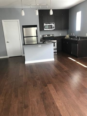 2 Bedrooms, Northwest Dallas Rental in Dallas for $2,100 - Photo 1