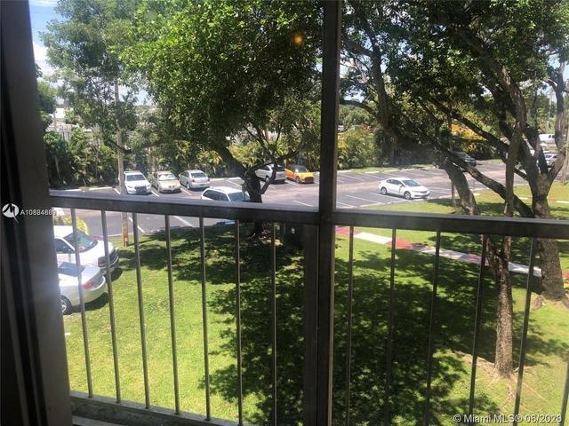 2 Bedrooms, Fairgreen Villas Rental in Miami, FL for $1,500 - Photo 1