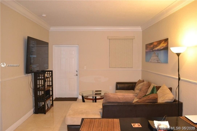 3 Bedrooms, Shoma at Country Club of Miami Rental in Miami, FL for $1,700 - Photo 1