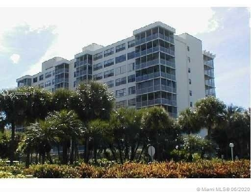 2 Bedrooms, Village of Key Biscayne Rental in Miami, FL for $2,950 - Photo 1