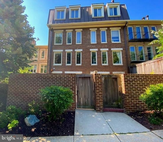 3 Bedrooms, Cathedral Heights Rental in Washington, DC for $5,500 - Photo 1