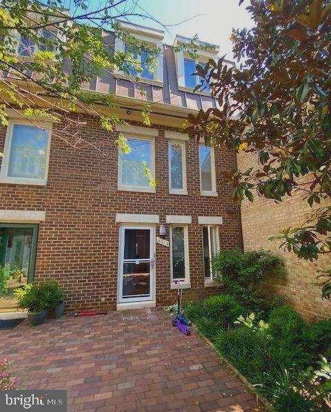 3 Bedrooms, Cathedral Heights Rental in Washington, DC for $5,500 - Photo 2