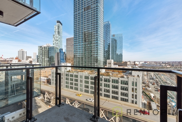 1 Bedroom, Long Island City Rental in NYC for $3,491 - Photo 2