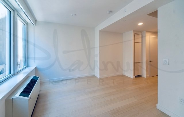 Studio, Financial District Rental in NYC for $2,653 - Photo 2