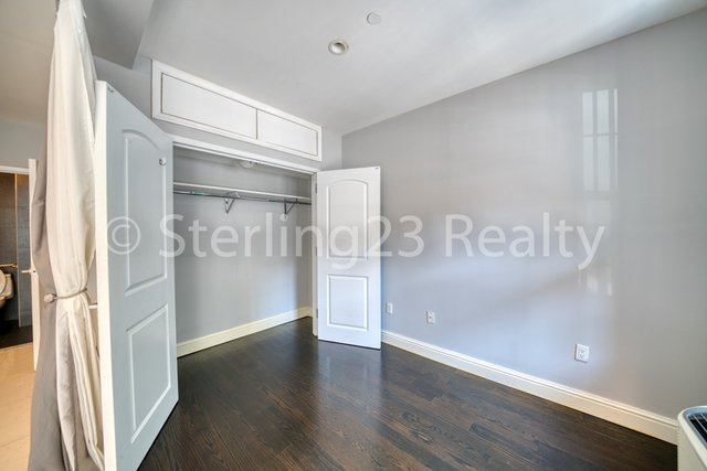 Studio, Astoria Rental in NYC for $1,900 - Photo 2