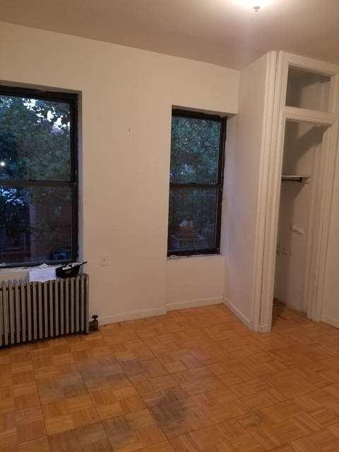 3 Bedrooms, Yorkville Rental in NYC for $3,360 - Photo 1