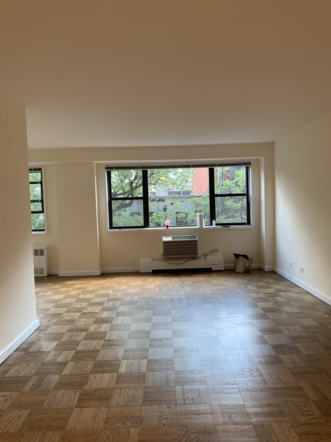 Studio, Upper East Side Rental in NYC for $2,378 - Photo 2