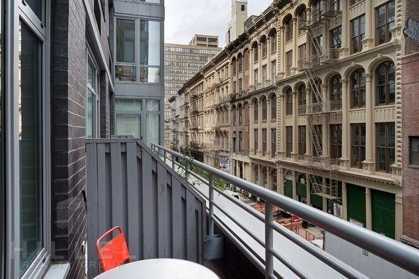 2 Bedrooms, Tribeca Rental in NYC for $5,910 - Photo 2