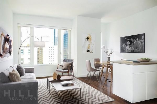 1 Bedroom, Midtown East Rental in NYC for $5,400 - Photo 2