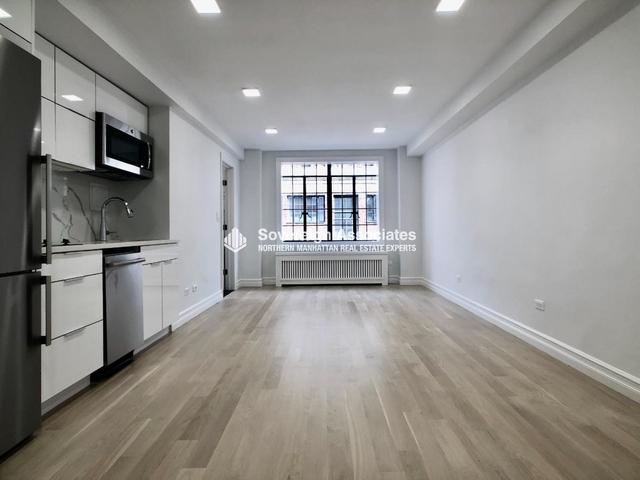 Studio, Tudor City Rental in NYC for $2,400 - Photo 2