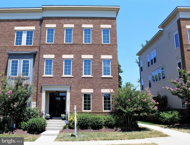 3 Bedrooms, Loudoun Rental in Washington, DC for $3,395 - Photo 1